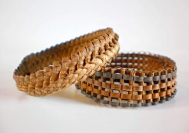 Jungle vine bracelet (Source:www.fiverr.com/wanderinbum.com)